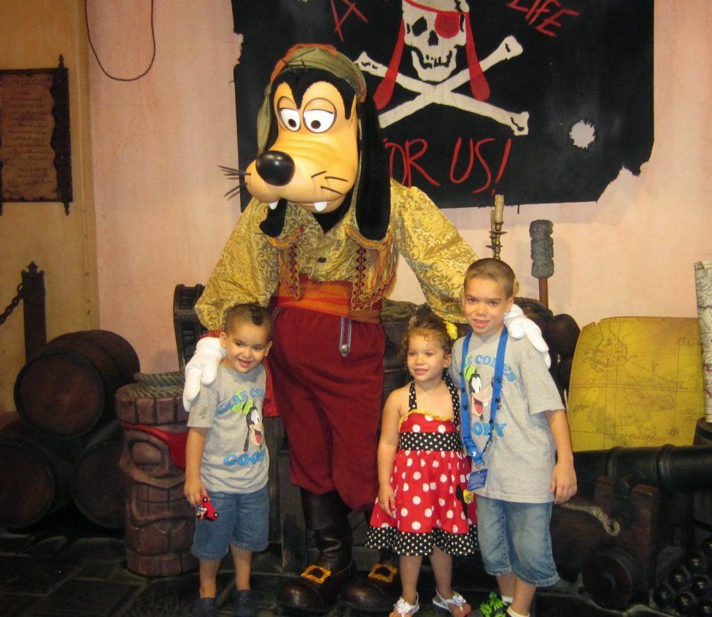 Pirate Goofy at Magic Kingdom