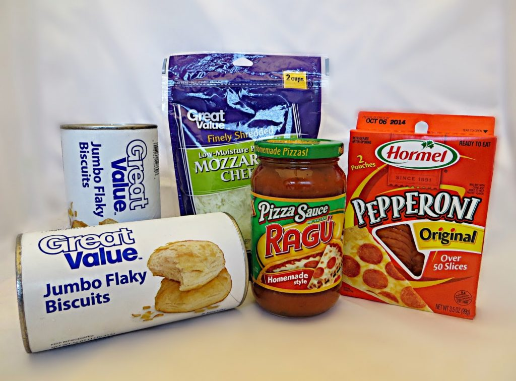 Ingredients to Make Mini Pizzas with Biscuits