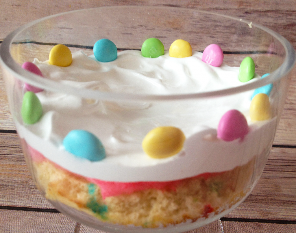 Funfetti-Cotton-Candy-Trifle-Recipe