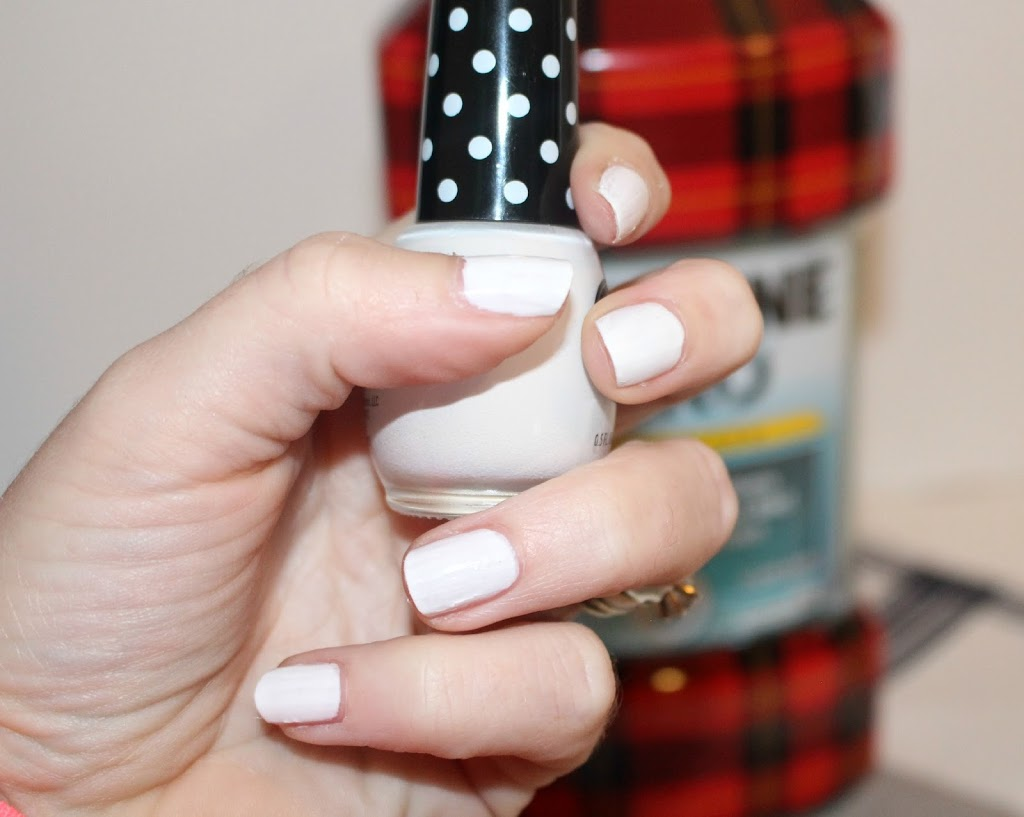 Plaid-Nail-Design