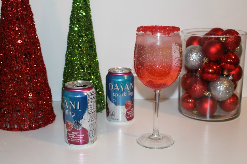 Dasani-Sparkling-holiday