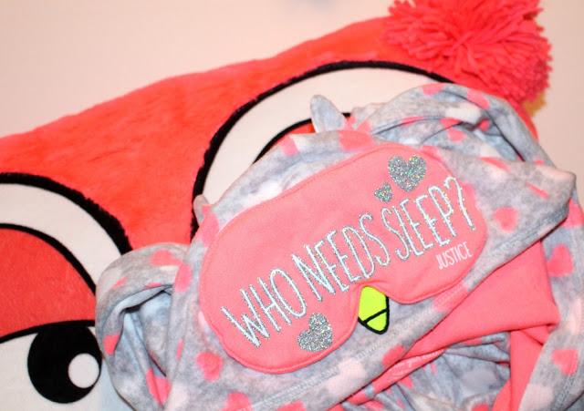 Justice-pajamas-pillow-matching