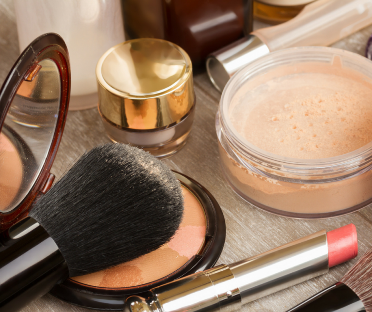 Makeup Tips and Tricks and Hacks for Busy Moms