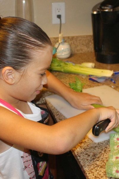 Why I Cook with My Kids and the Importance of the 4-H Food Smart Families Program