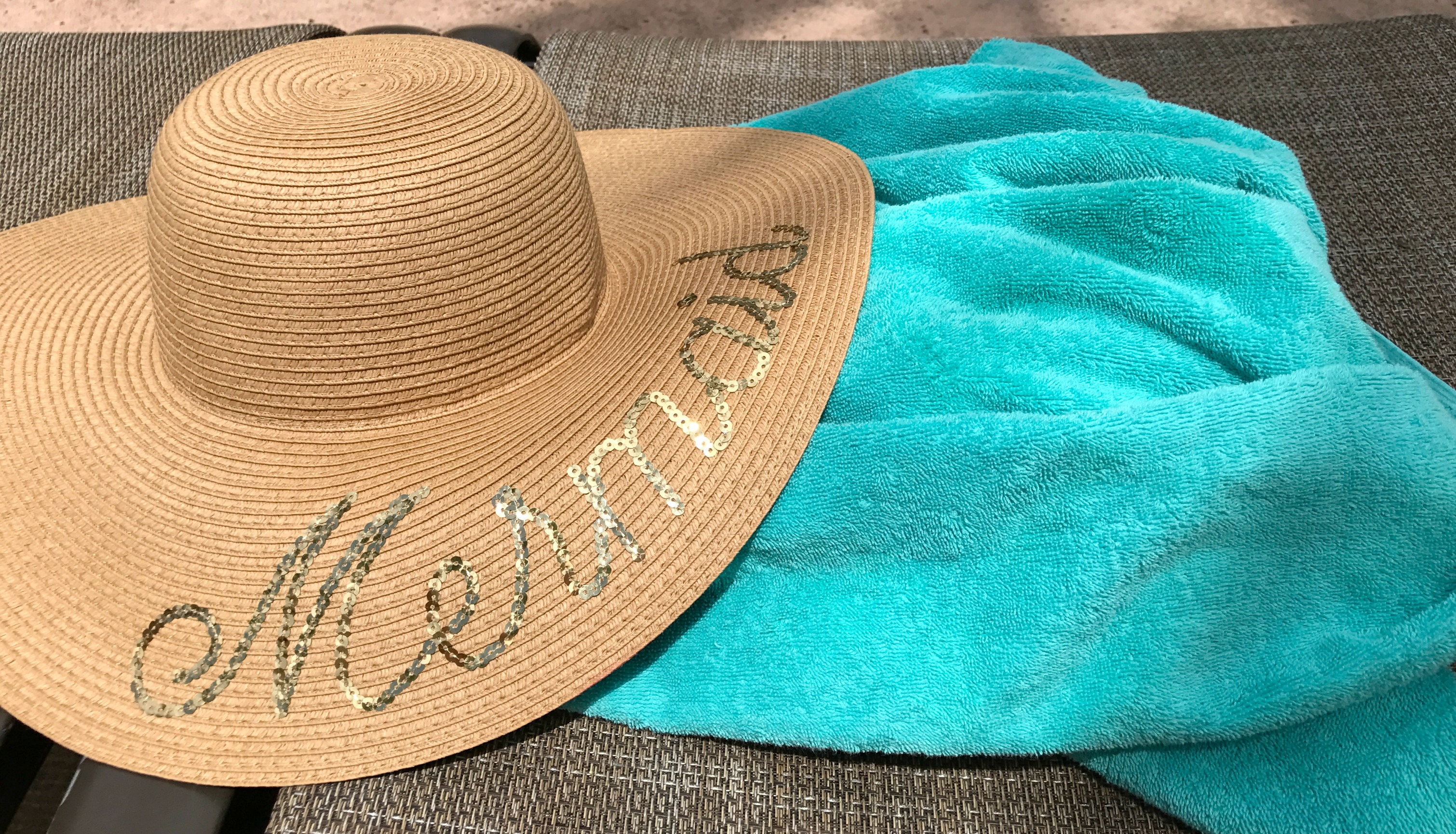 Hilton-bonnet-creek-review-family-disney-resort-pooltowels