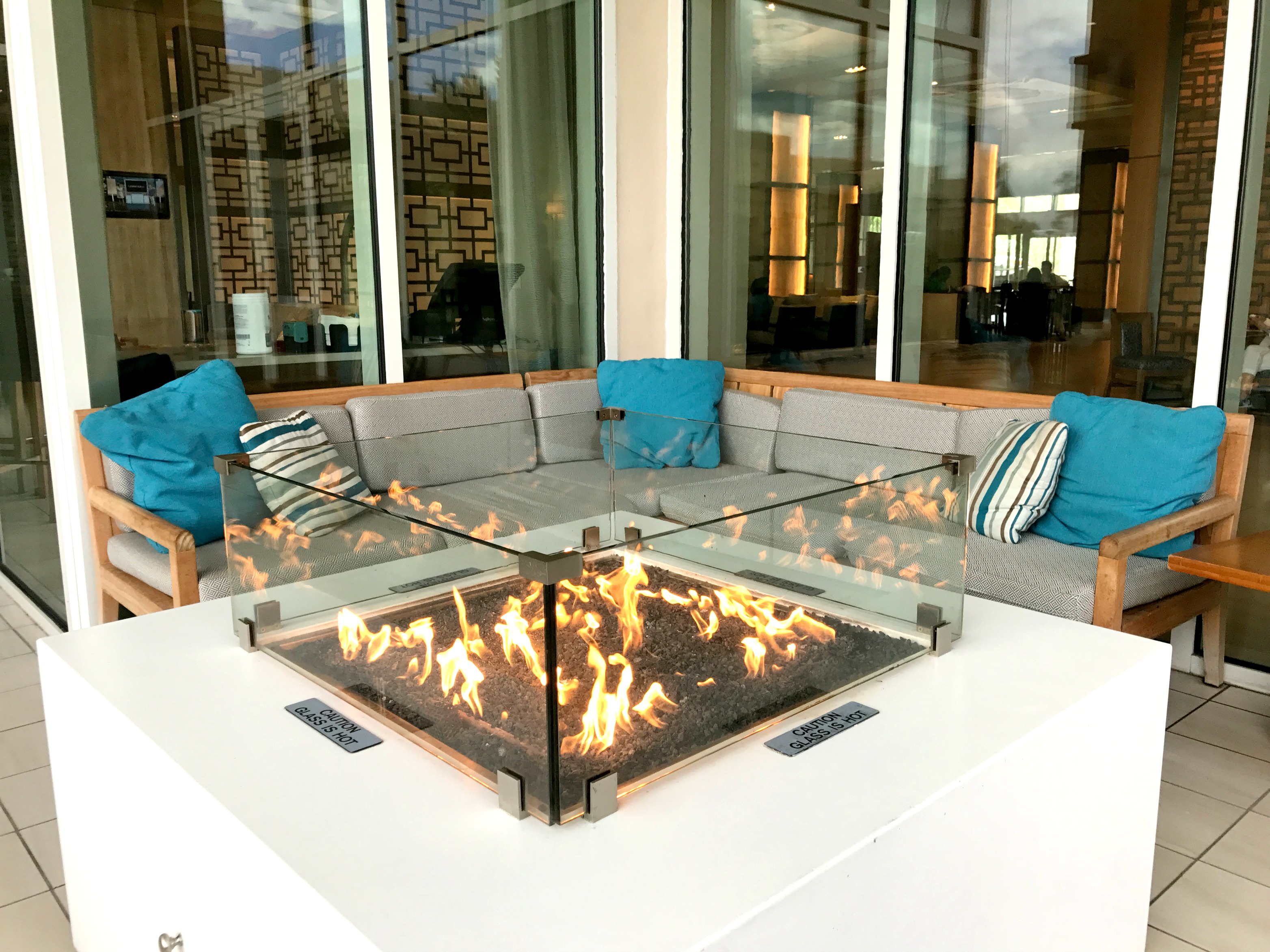 Hilton-bonnet-vista-disney-orlando-resort-fire-pit