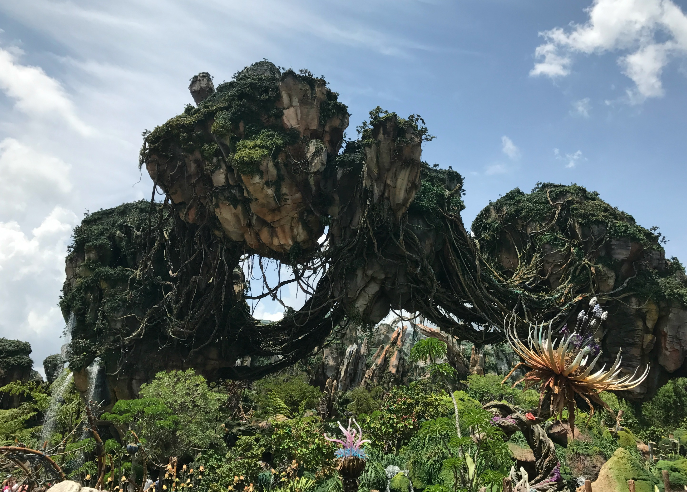 Visiting Disney's Pandora Floating Mountains