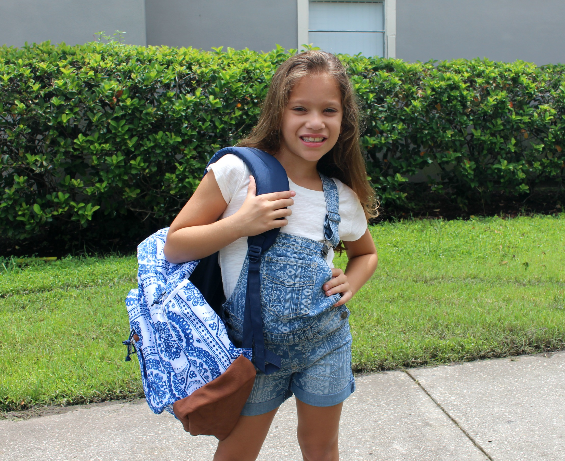 Gear-Up-With-Sears-first-day-of-school-girls