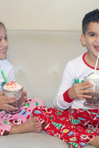 Hot Chocolate Floats – Holiday Traditions with a Florida Twist!
