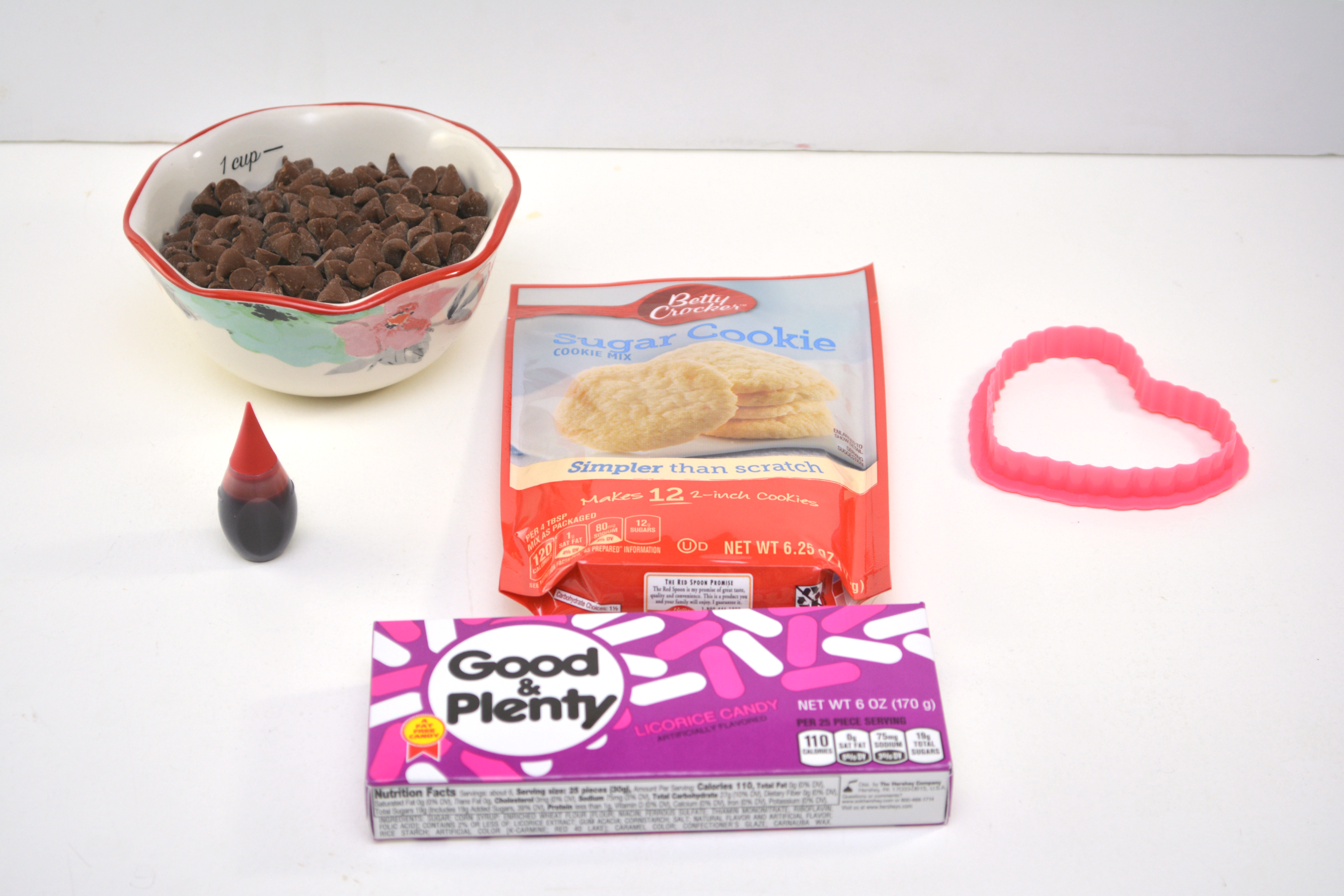 Mickey-Heart-Valentine-Cookie-Recipe-Easy