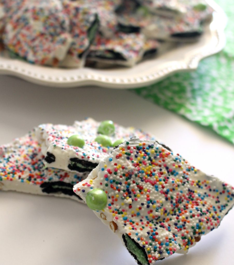 St-Patricks-Day-Rainbow-Bark-Recipe