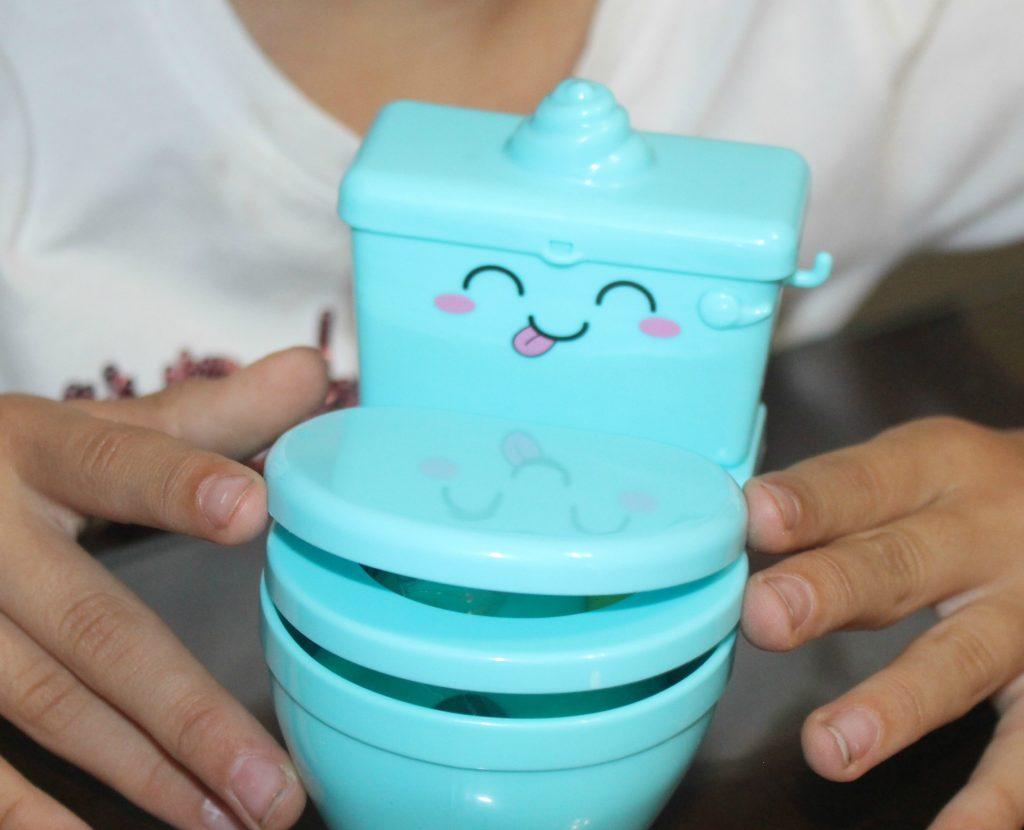 Pooparoos Supriseroos toy unboxing toilet