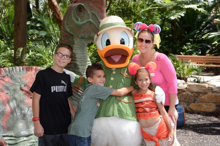 4 Animal Kingdom Attractions You Shouldn't Miss! + An Amazing Giveaway