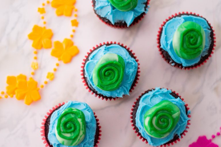 Moana Cupcakes Inspired by the Heart of Te Fiti – Princess Party