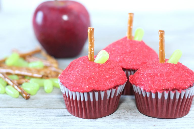 Back to School Themed Red Velvet Apple Cupcakes Recipe