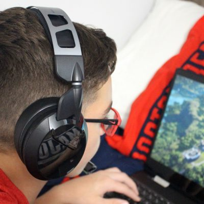 PC Gaming with Turtle Beach Headset