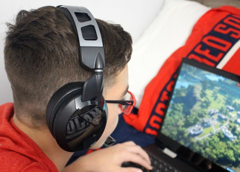 Why My Teen Loves the New Turtle Beach Elite Atlas Headset for PC Gaming