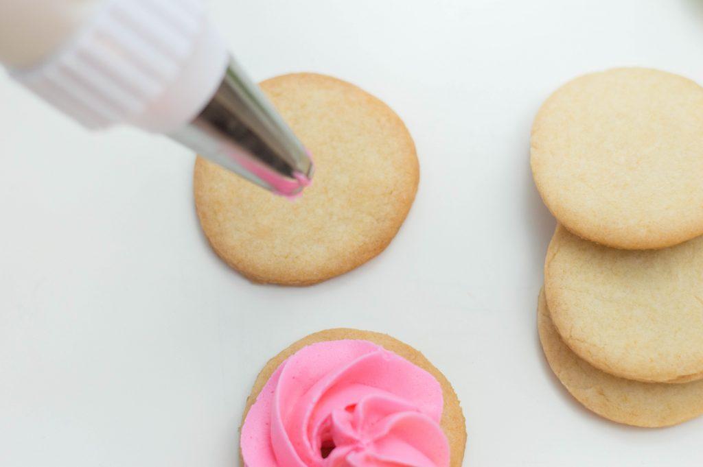 icing flower sugar cookies