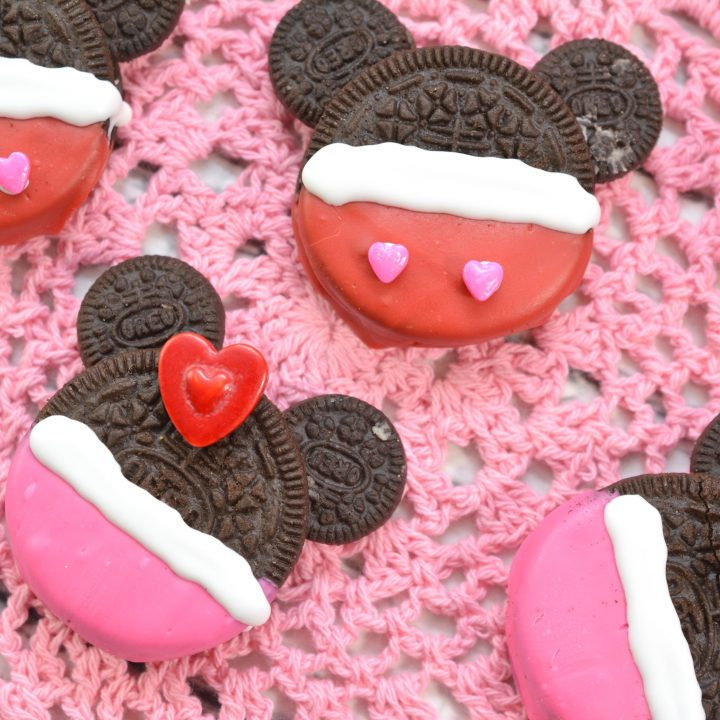 Mickey Decorated Oreo Cookie Recipe