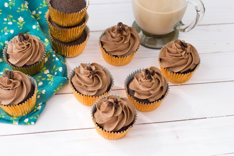 Delicious Mocha Cupcakes Recipe for Coffee Lovers