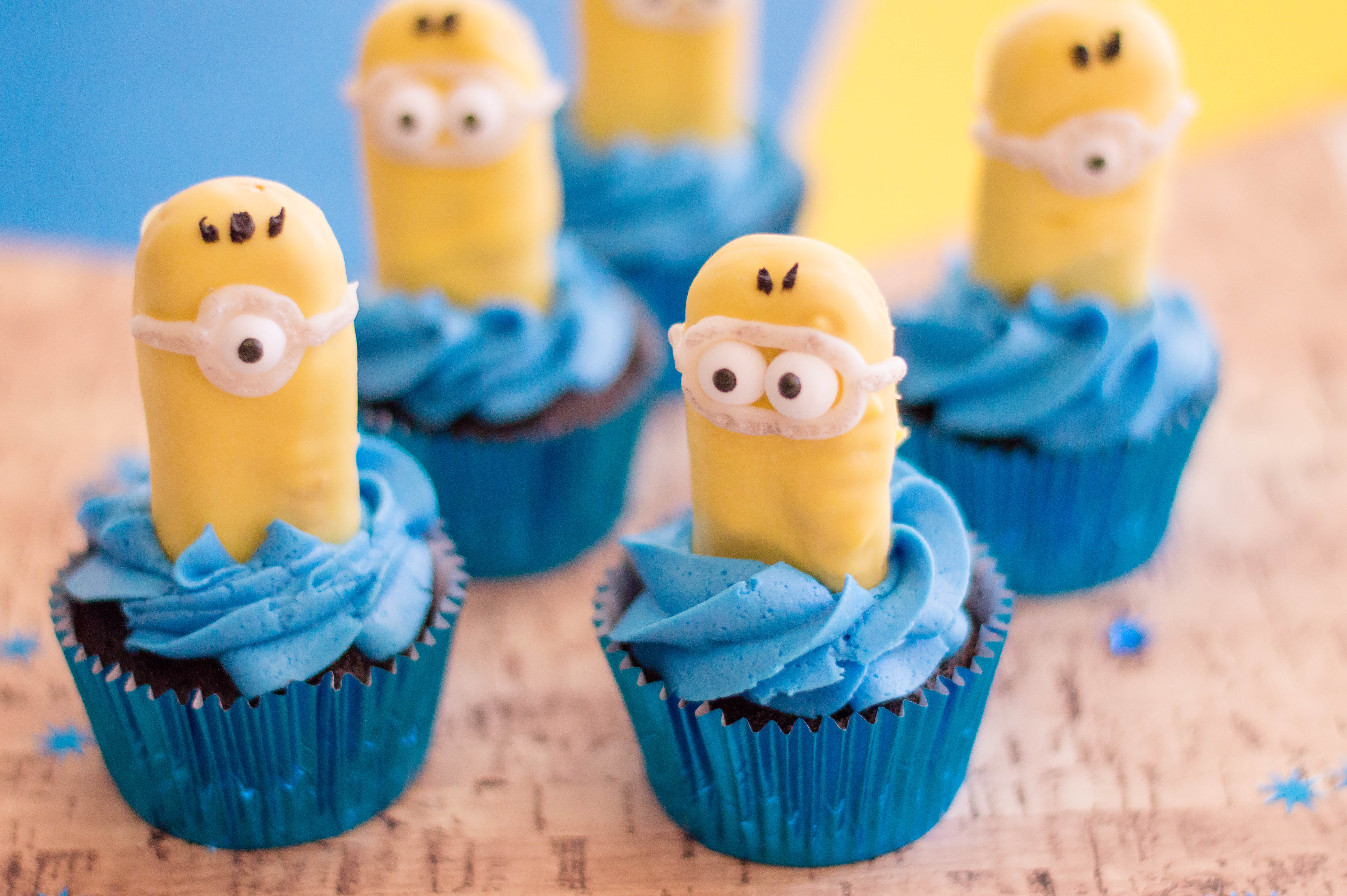 Minions Cupcakes Decorated with ladyfingers cookies