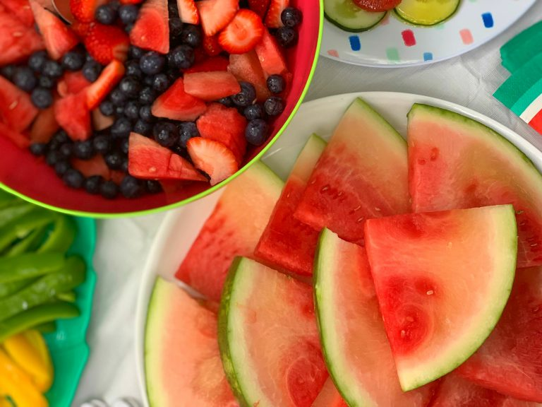 Tips for Entertaining This Summer with Fresh From Florida