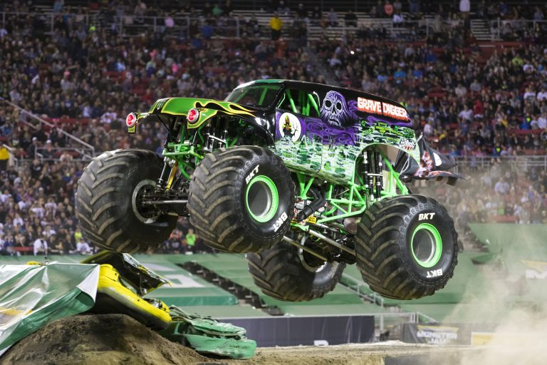 Monster Jam Triple Threat Returns to Tampa – Giveaway