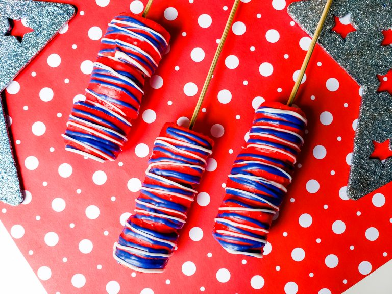 4th of July Chocolate Covered Marshmallow Pops Patriotic Recipe