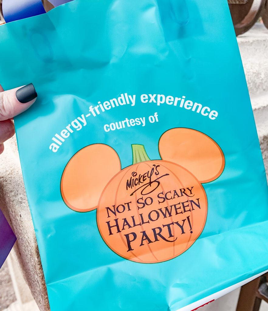 Mickeys Not So Scary Halloween Party Allergy Friendly Bag