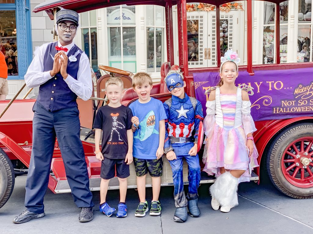 Kids Photo Op at Mickeys halloween Party at Disney