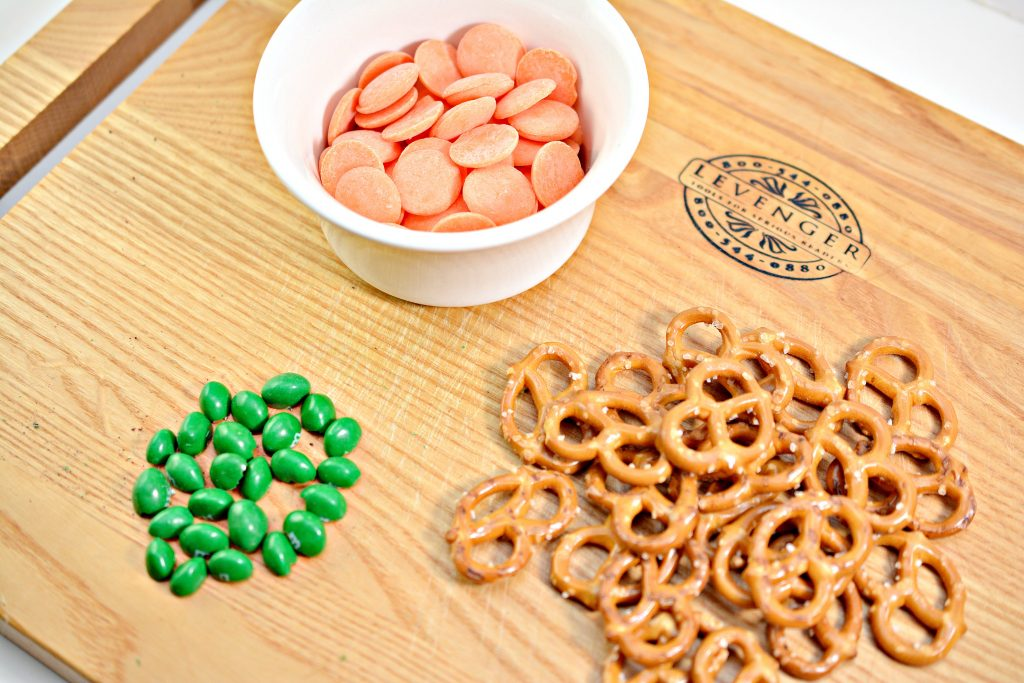 Pumpkin Pretzels Ingredients