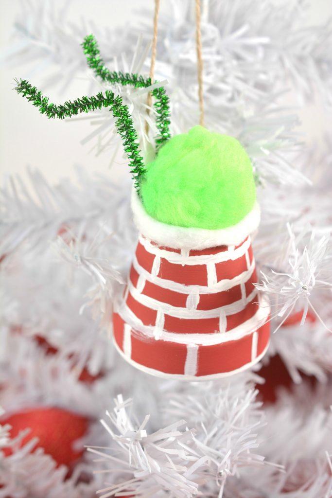 The Grinch DIY Ornament Idea