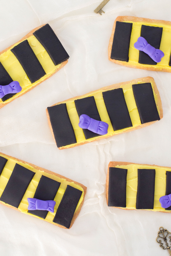 Hufflepuff Inspired Harry Potter Themed Cookies Recipe