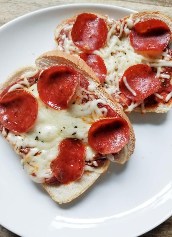 Bread Pizza Air Fryer Recipe