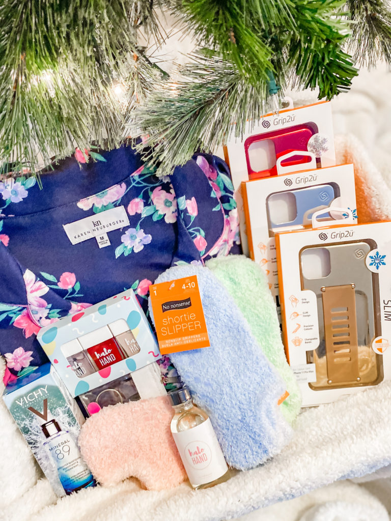 The Best Holiday Gift Ideas for Her This Year!