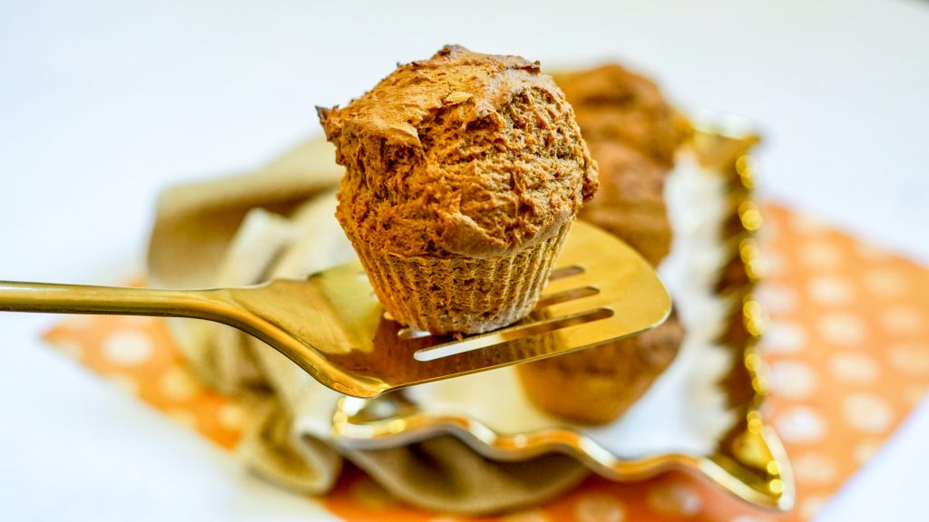 Muffins from Air Fryer on Spatula