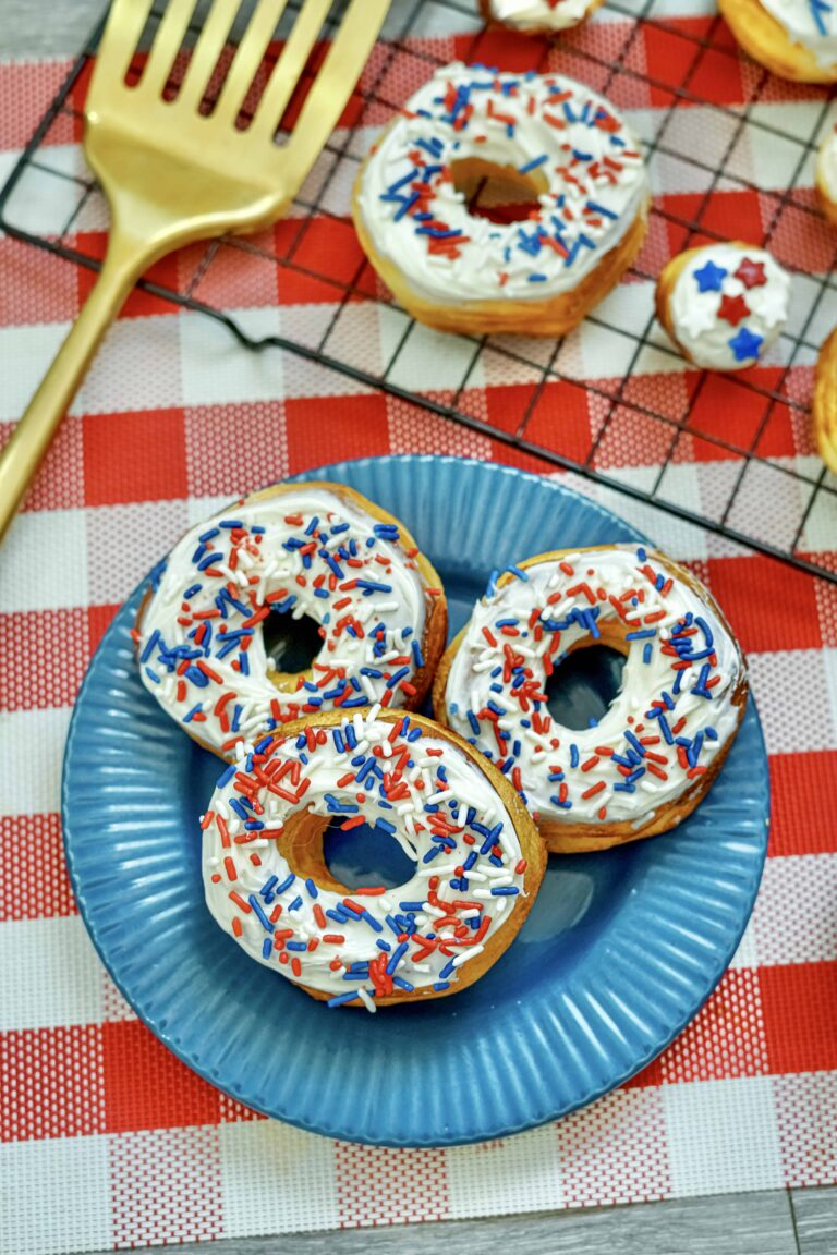 Easy Air Fryer Donuts Recipe Using Biscuits