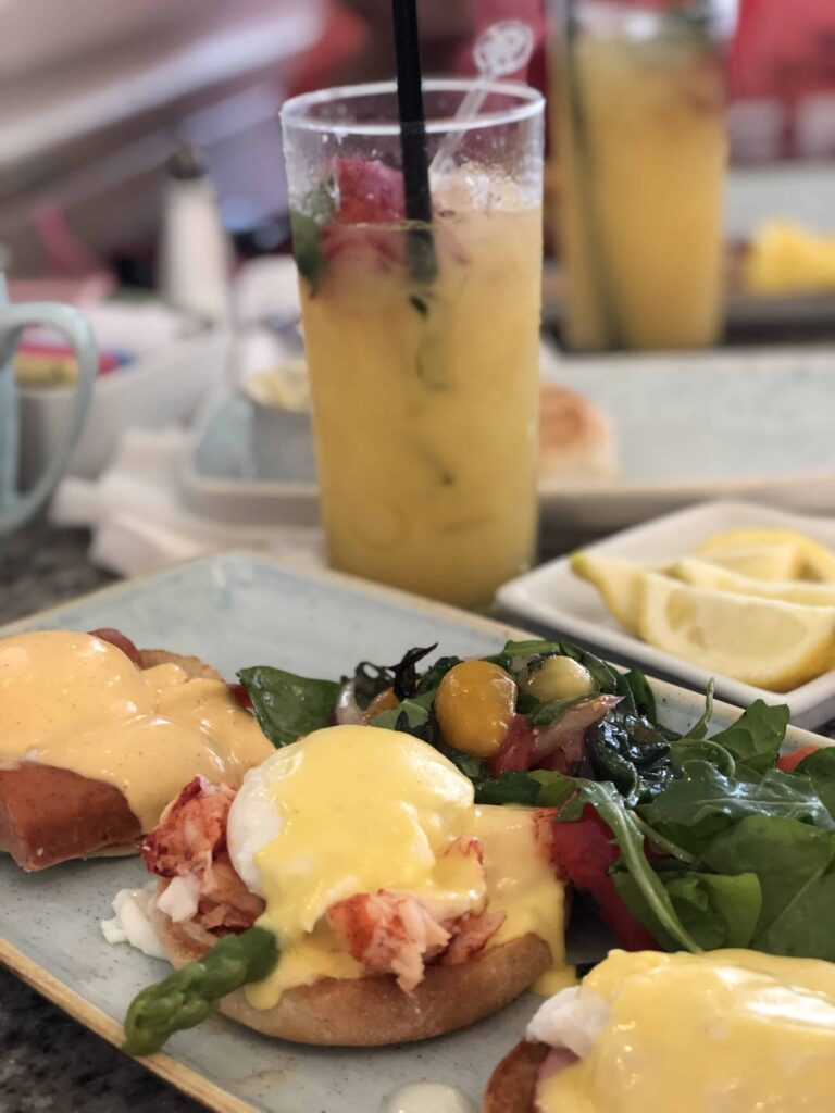 Disney Dining Plan: Whether or Not You Should Buy It