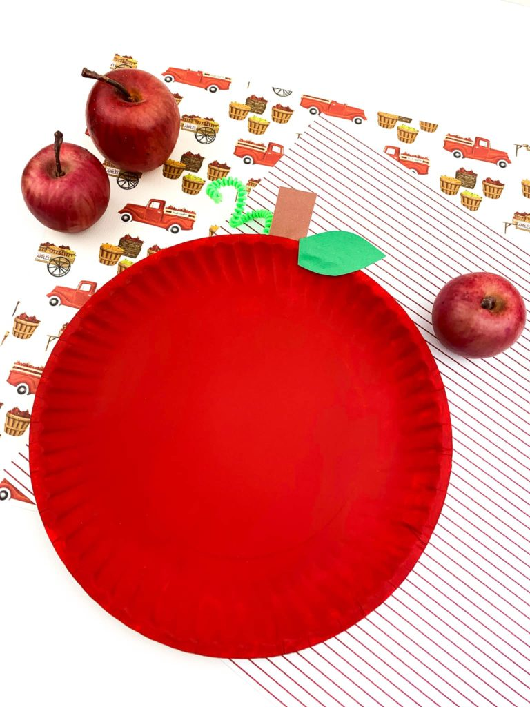 Easy Apple Paper Plate Craft for Kids to Create